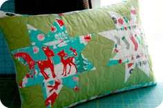 Wonky Star Christmas pillow by Tiptoe Tango.  Star block tutorial by Victoria Gertenbach | The Silly Boodilly.
