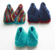 Crossover Booties Knitting Pattern - Now With Additional Sizes - Gina Michele Crochet Patterns Free Women, Knitting Patterns Free, Free Knitting, Knitting Socks, Baby Knitting, Crochet Baby Mittens, Baby Booties Knitting Pattern, Crochet Slippers, Knitting For Kids