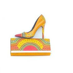 Keke African print Dashiki shoes and bag set. This set is sure to please everyone. purse and peep toes shoes set. This is the perfect gift for mom or a special lady in your life. For a wife, girlfrien African Clothing Stores, Nigerian Clothing, African Clothes, Pretty Shoes, Beautiful Shoes, African Accessories, Peep Toe Shoes, Fabric Bags, Purses And Handbags