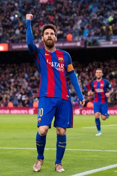 Lionel Messi of FC Barcelona celebrates after scoring the opening goal during the La Liga match between FC Barcelona and CA Osasuna at Camp Nou stadium on April 26, 2017 in Barcelona, Catalonia.