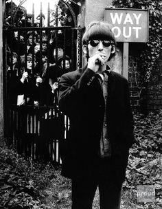 """""""George Harrison Trapped by Music-Fans"""" (""""No-Way-Out!"""")"""