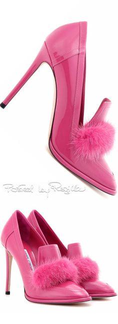Regilla ⚜ Jimmy Choo More Más Pink Shoes, Hot Shoes, Stiletto Heels, High Heels, Pumps, Fuchsia, Jimmy Choo Shoes, Fashion Heels, Fall Fashion