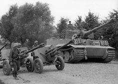 WWI & WWII Military Historian. — stukablr: Division Grossdeutschland Power