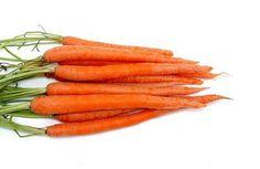 Cómo congelar apio y zanahorias crudas | eHow en Español