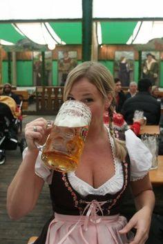 oktoberfest-munich-germany-2013-s