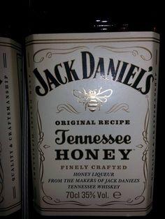 #wybeetnepolaczenie #miodowyJack #TennesseeHoney https://www.facebook.com/photo.php?fbid=1006913199405491&set=o.145945315936&type=3&theater