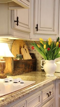 Cabinets & counter top