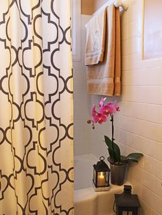 Quick (and Cheap!) Bathroom Mini Makeover (http://blog.hgtv.com/design/2014/02/06/quick-and-cheap-bathroom-mini-makeover/?soc=pinterest)