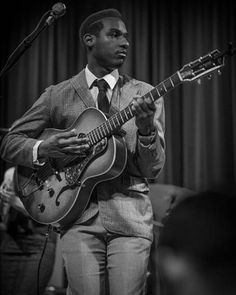 Leon Bridges. If you appreciate the finer things in life, do yourself a favour and go listen to this guy right now!      He is bringing soul and gentlemen vibes back to the music industry and I'm so here for it.