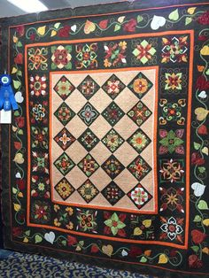 A Quilt and A Prayer: Promised Quilt Show Photos! Unusual setting for Affairs of the Heart