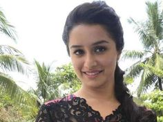 Actress #ShraddhaKapoor says being part of Vishal Bhardwaj's upcoming release 'Haider' was a life changing experience for her.