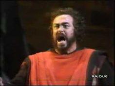 """▶ Luciano Pavarotti """"Di quella pira"""" Il Trovatore Firenze 1991 - YouTube"""