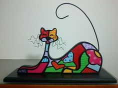 Gatos en técnica britto Mosaic Art, Mosaic Glass, Stained Glass, Fused Glass, Tole Painting, Painting On Wood, Cigar Box Crafts, Arte Country, Fan Lamp