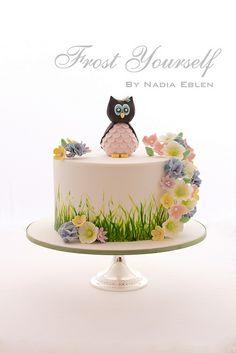 Owl & Woodland Flowers Cake