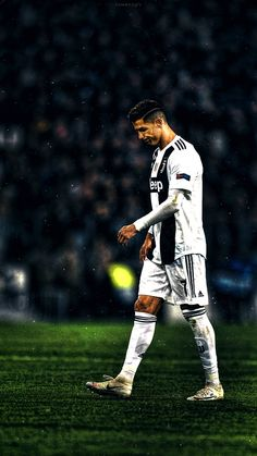 Cristiano Ronaldo Cr7, Cristino Ronaldo, Football Players Photos, Cr7 Wallpapers, Portugal National Team, Football Love, Juventus Fc, Athlete, Soccer