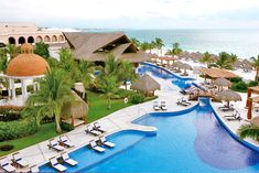Looking for the perfect Puerto Morelos Vacation Rental? LocoGringo helps you find all you need to know on Puerto Morelos rentals and condos. This Mexican sea-side fishing village has lower prices, the pace is slower, and a more laid back atmosphere. Adult All Inclusive Resorts, Best Honeymoon Resorts, Cancun Resorts, Mexico Resorts, Cancun Mexico, Honeymoon Ideas, Honeymoon Packages, Excellence Riviera Cancun, Excellence Resorts