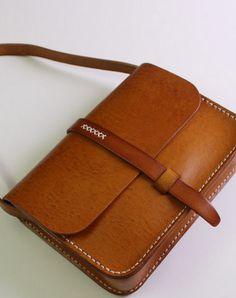 Handmade vintage busket rustic leather crossbody Shoulder Bag for girl   EverHandmade