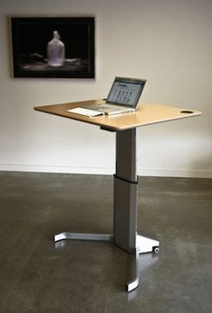 This standing desk has a clean design, looks very stable and is easily adjustable.
