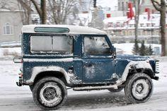 breathnaigh:    Quebecois Land Rover.