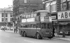 A 629 trolley bus in Enfield Town 1960 London Transport, Public Transport, Enfield Middlesex, Enfield Town, London History, Photo Grouping, London Bus, North London, London Photos