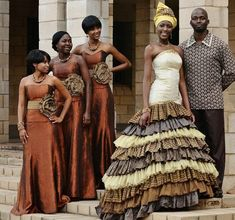 South African Traditional Wedding Dresses Designs because South African wedding is full of traditional and customs. African Wedding Attire, African Attire, African Wear, African Dress, African Style, African Traditional Wedding Dress, Traditional Outfits, South African Weddings, Nigerian Weddings