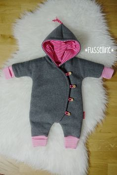 Nähen ist doch kinderleicht ;-) Love Sewing, Sewing For Kids, Baby Sewing, Sewing Clothes, Doll Clothes, Baby Overalls, Baby Couture, Baby Quilts, Baby Love