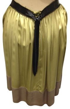 Chlo Nwt Chloe Silk Size 40 Skirt. Free shipping and guaranteed authenticity on Chlo Nwt Chloe Silk Size 40 Skirt at Tradesy. Chloe green silk skirt with belt size 40...