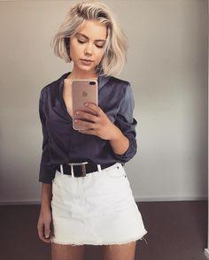 "2,114 mentions J'aime, 16 commentaires - Laura Jade Stone (@laurajadestone) sur Instagram: ""Silk shirts """