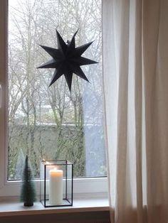 Es schneit ... Foto: waterloo #solebich #einrichten #einrichtung #dekoration #deko #interior #interiorideas #wohnideen #wohnen #einrichtungsideen #inspiration #weihnachten #weihnachtszeit #weihnachtsdeko #winterdeko #sterne