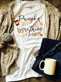 cute pumpkin women t-shirts halloween tee top womens cute female tshirt t tops cute fall tee festivals classics shirt Cool Tees, Cool T Shirts, Fall Winter Outfits, Autumn Winter Fashion, Fall Fashion, Womens Fashion, Autumn T Shirts, Vinyl Shirts, Halloween Shirt