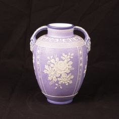 #Nippon #Wedgwood #vase #antique #antiques #ceramics #handpainted #moriage #lavender #homedecor #decor #antiqueNippon