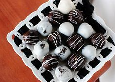 oreo and cookie dough truffles...the most delicious duo desirable #alliteration