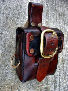 Steampunk Pouch 2 by JoshSkaarup on DeviantArt Small Leather Bag, Leather Hats, Small Leather Goods, Leather Pouch, Leather Craft, Leather Purses, Leather Handbags, E Biker, Hip Purse