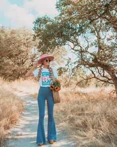 Apr 2020 - Sierra Rose by Lack of Color 70s Outfits, Rodeo Outfits, Hippie Outfits, Western Outfits, Vintage Outfits, Fashion Outfits, Cute Country Outfits, Southern Outfits, Country Girls