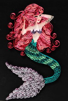Mermaid quilling shared by toto on We Heart It Arte Quilling, Paper Quilling Patterns, Quilled Paper Art, Quilling Paper Craft, Paper Quilling Flowers, Paper Crafts, Peacock Quilling, 3d Paper, Paper Quilling For Beginners