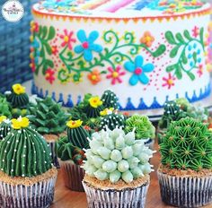 These succulent cupcakes complete the fiesta-themed party Mexican wedding cupcakes Mexican Birthday Parties, Mexican Fiesta Party, Fiesta Theme Party, Taco Party, Festa Party, Party Themes, Party Ideas, Fiesta Party Foods, Mexican Themed Party Decorations