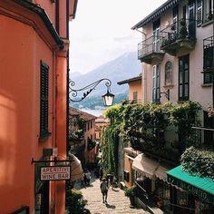 Ihana kylä!✨#Bellagio, #Italia. Kuva @nonparell, kiitos! #italy #matkakuume #mondolöytö #mondolehti