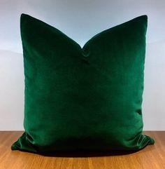 Luxury Dark Emerald Green Velvet Pillow Cover,Velvet Pillows,Green Pillow,Decorative Pillow,Velvet C - Products - Curtain Green Velvet Fabric, Green Velvet Pillow, Green Throw Pillows, Velvet Cushions, Green Cushions, Blue Velvet, Green Bedroom Decor, Green Home Decor, Bedroom Ideas