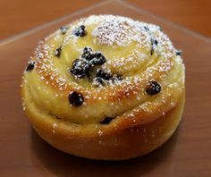 Pastry Art, Italian Cookies, Savoury Cake, Sweet Bread, Just Desserts, Muffins, Italian Recipes, Bakery, Food And Drink