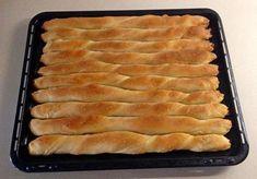 κολοθοτυρόπιτα μπαστούνι_thessmama Snack Recipes, Dessert Recipes, Cooking Recipes, Desserts, Cyprus Food, Greek Pastries, Savory Muffins, Greek Cooking, Greek Recipes