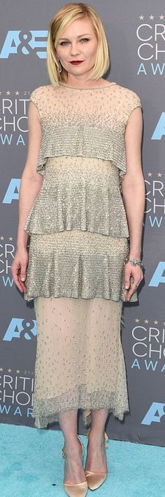 Kirsten Dunst: Dress – Karl Lagerfeld  Shoes – Roger Vivier Couture  Purse – Salvatore Ferragamo  Jewelry – Fred Leighton