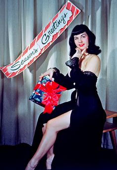BETTIE PAGE..........SOURCE TUMBLR.COM........