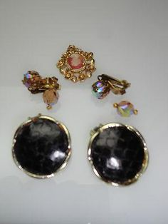 Lot of Vintage Clip On Earrings & more  fashion costume jewelry For this and more visit me at www.dandeepop.com