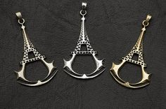 Assassin by Usmar on Etsy Assassin's Creed I, Assassins Creed Unity, Videogames, Nerdy, Geek Stuff, Gaming, Jewellery, Live, Heart