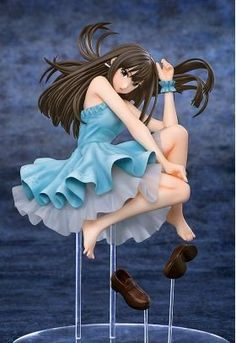 From the popular anime series 'THE IDOLM@STER CINDERELLA GIRLS' comes a 1/8th scale figure of Rin Shibuya! The figure is based on the illustration by Yuusuke Matsuo seen on the 3rd volume of the Blu-r