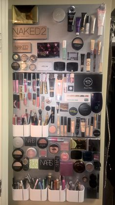 Magnetic makeup board- brilliant idea! Use glue gun set on high to adhere strong magnets to products.