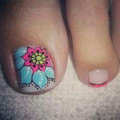 Toe nail art design idea for big toe Pedicure Designs, Pedicure Nail Art, Toe Nail Designs, Nail Polish Designs, Toe Nail Color, Toe Nail Art, Karma Nails, Feet Nails, Toenails