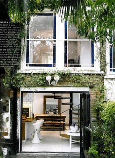 Love these mews houses in London!