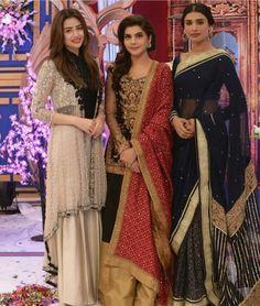 The Team of #MehrunisaVLubU at the Eid Special Morning Show #GoodMorningPakistan on #ARYDigital! #Beautiful #Elegant #Style #SanaJaved #NidaYasir #AamnaIlyas #EidSpecialShow #GoodMorningPakistan #PakistaniActresses #PakistaniCelebrities  ✨