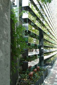 33 Ideas for screen facade kengo kuma Container Architecture, Green Architecture, Sustainable Architecture, Architecture Details, Landscape Architecture, Ancient Architecture, Kengo Kuma, Green Facade, Landscape Elements